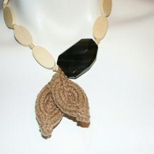 VTG Crochet Bead Hippie Necklace